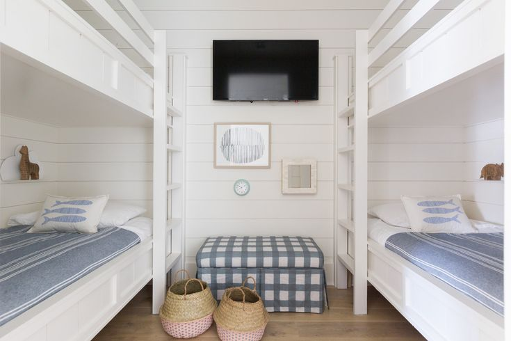 Furniture - Bedrooms : The Beach House to Beat All Beach ...