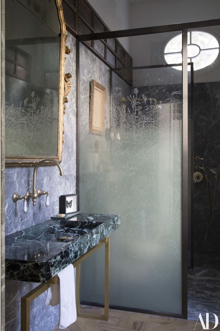 A Grand Tour of the Treasure-Filled Paris Apartment Photos | Architectural Diges...