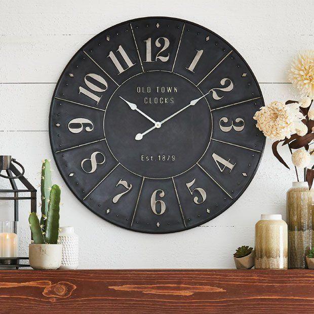 Sophisticated Iron Clock #clock #wallclock