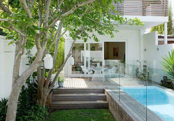 Kleinen Garten und Schwimmbad