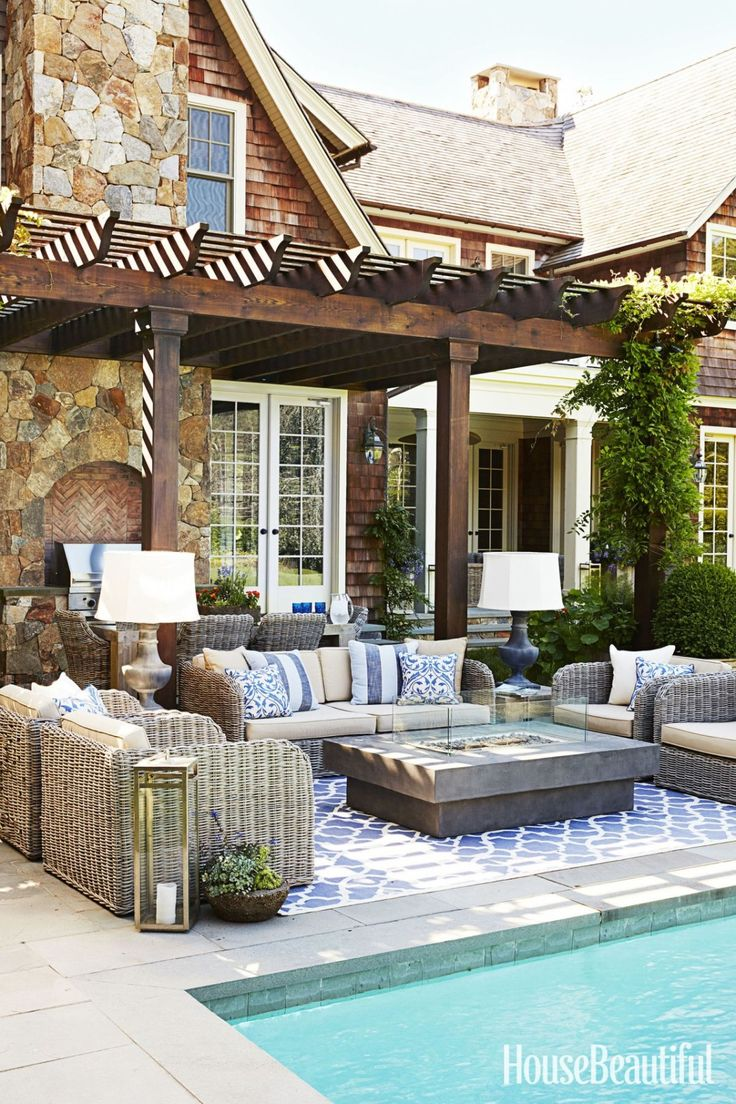 Love this colorful and comfortable outdoor living room design.