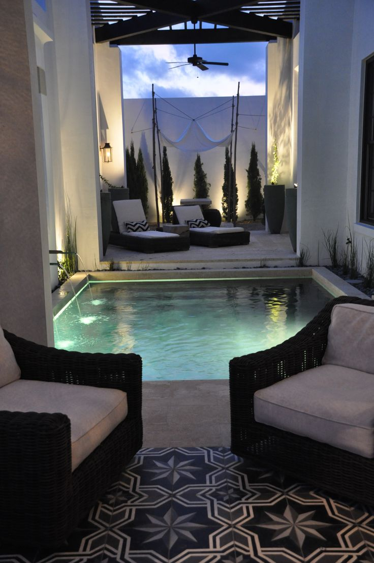 Semi-indoor pool
