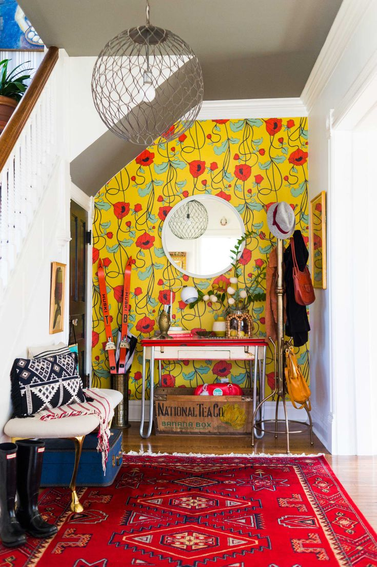 An Old Victorian House Is Incredibly Bright, Cheery, and Colorful: gallery image...