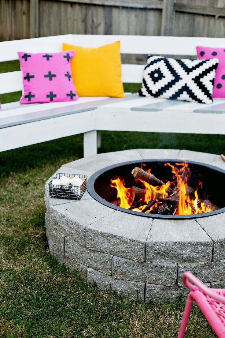 This would be great for the backyard! Firepit in 4 easy steps (click through for...