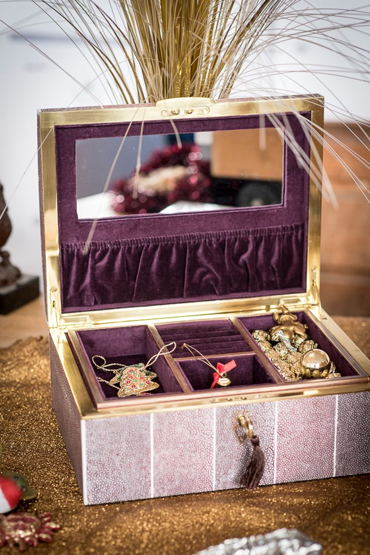 Elegant jewellery two tone mulberry and brown designer faux shagreen and solid b...