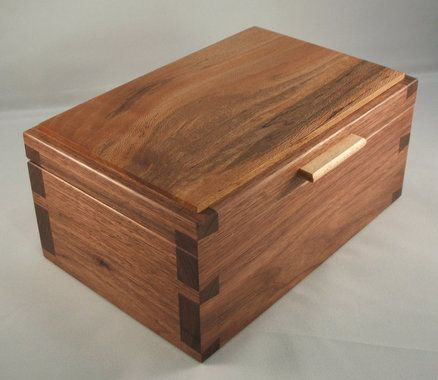 Dovetail - Walnut, Sycamore Desk Box