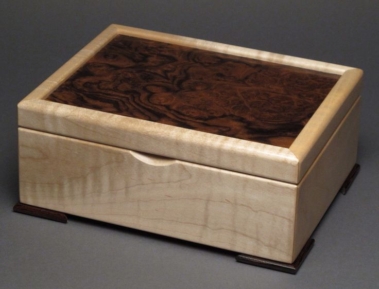 Keepsake Box, Walnut Burl and Curly Maple by watswood on Etsy www.etsy.com/...