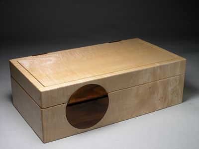 Moon box in ripple sycamore - Box Galleries - Peter Lloyd