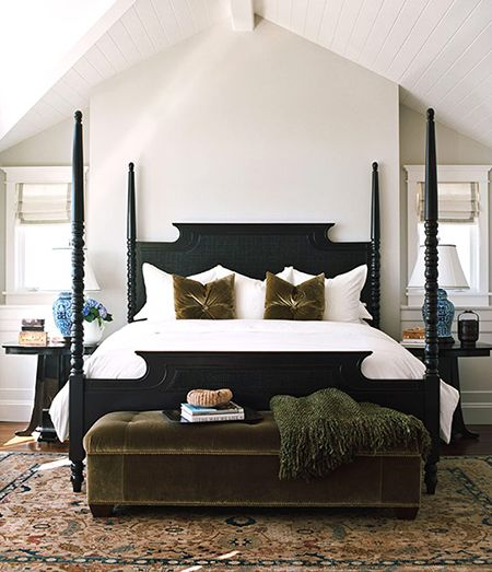 The Classic and Versatile Look of a Four Poster Bed | HomeandEventStyli...