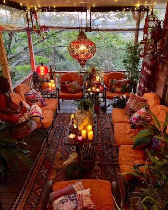 Imagine relaxing on this porch enjoy a cool beverage