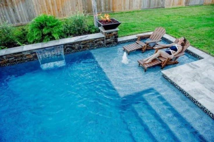 Unordinary Small Backyard Designs Ideas With Pool 41