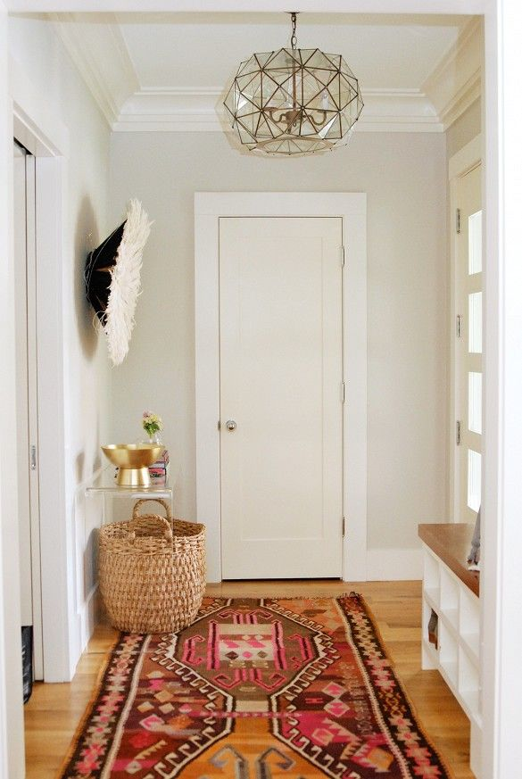 15 Entryway Decorating Ideas That Make a Stunning First Impression