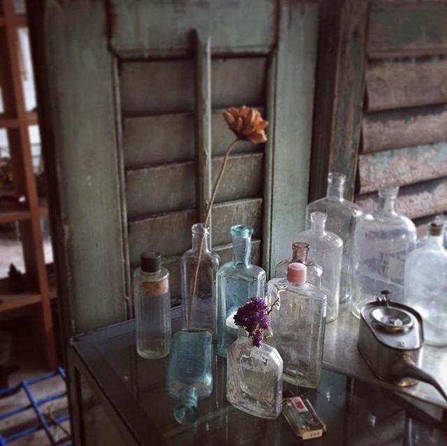 vases rustic