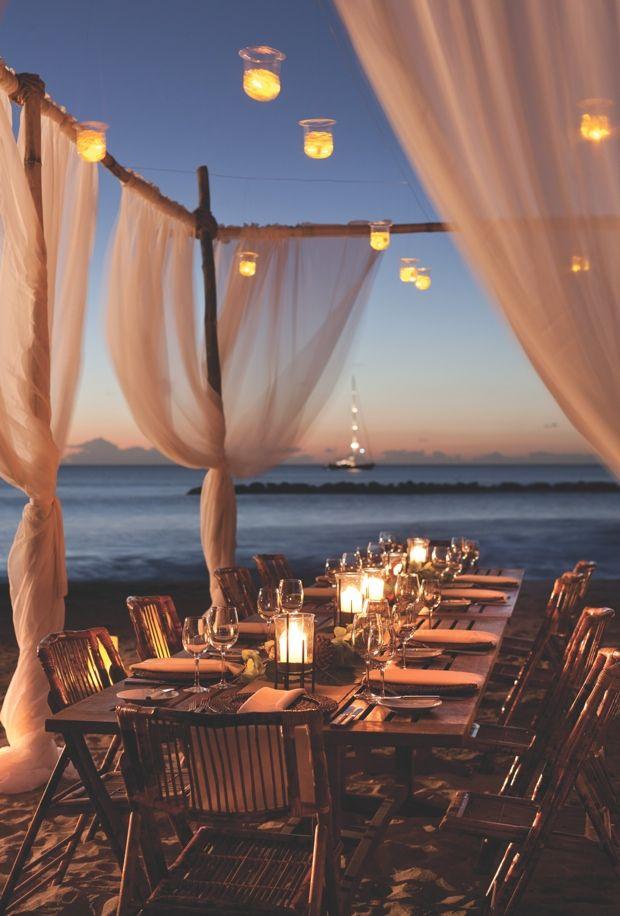 simple and elegant beach reception