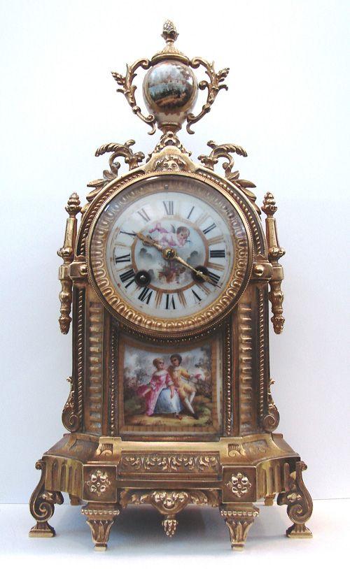 Beautiful gilded table clock, ca. 1780.