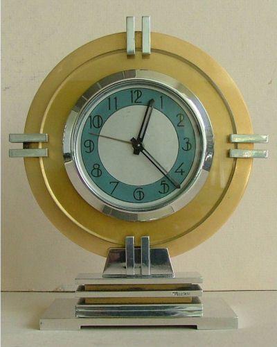 Art Deco Streamline Moderne Clock