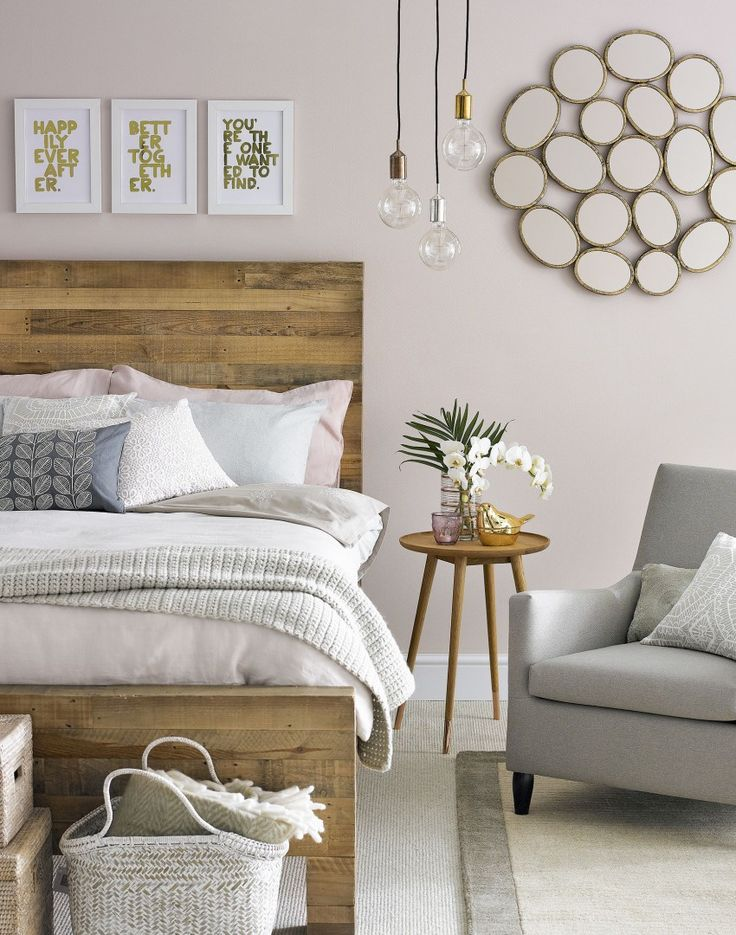 Furniture Bedrooms Soft Pink Bedroom With Wooden Headboard Decor Object Your Daily Dose Of Best Home Decorating Ideas Interior Design Inspiration