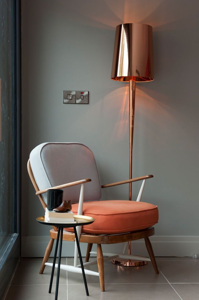 Absolutely LOVE this chair - Nice Ercol chair....great inspiration for my two pr...