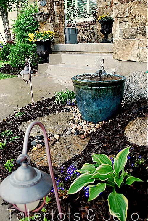 Make a DIY Recirculating Fountain for your yard out of a pot!