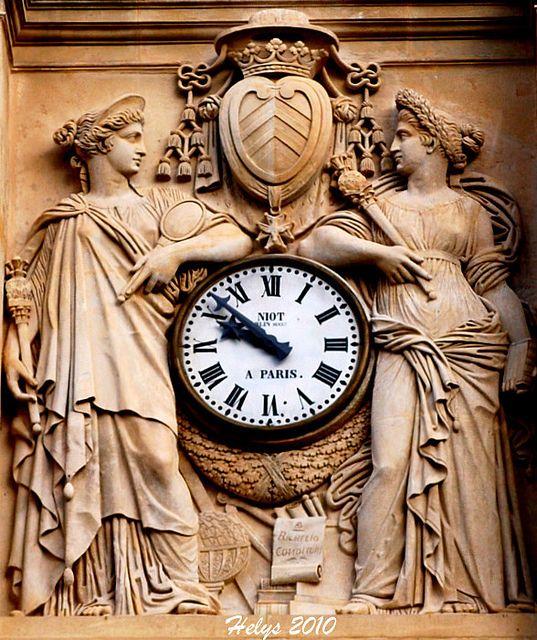 Horloge - Sorbonne (c) Helys