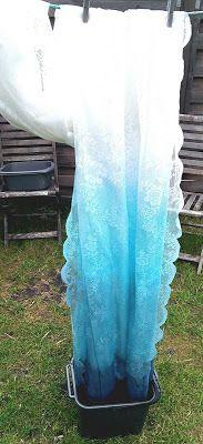 nostalgiecat: DIY ombre lace curtains