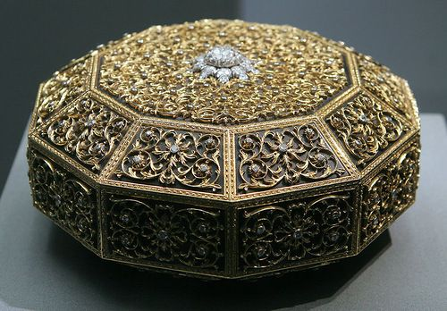 Buccellati unique jewelry box