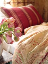 20 Tips for Turning Your Guest Bedroom Into a Retreat