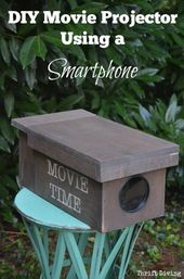 How to Make a DIY Movie Projector For Your Smartphone