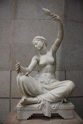Louis-Ernest Barrias - Jeune fille de Mégare assise et filant. Musée d'Orsay. ...